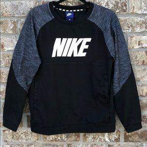 Nike boys pullover sweatshirt